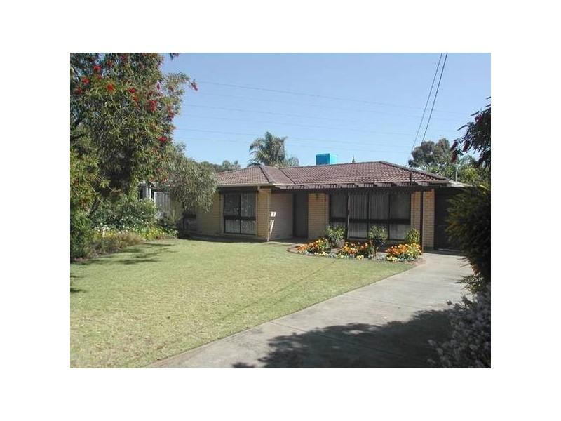 18 Dew Street, Aberfoyle Park SA 5159