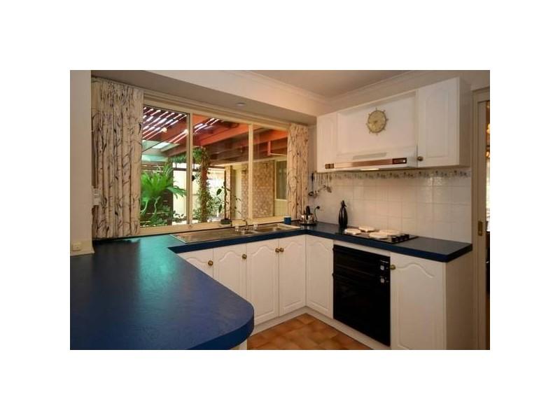 15 Newport Crescent, Aberfoyle Park SA 5159