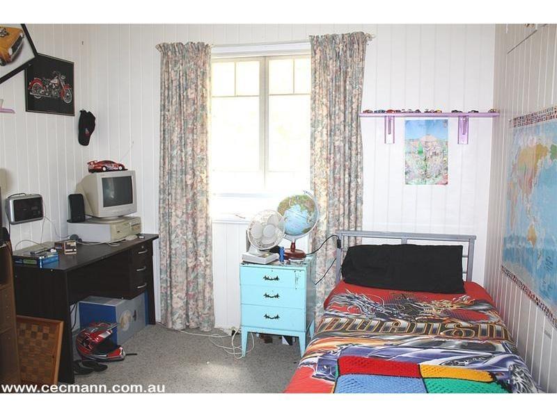 2389 Eukey Road, Ballandean QLD 4382