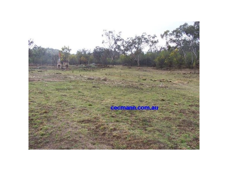 103 Easement off New England Highway, Ballandean QLD 4382