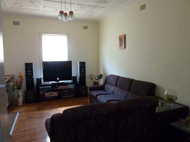 2 Messiter Street, Campsie NSW 2194