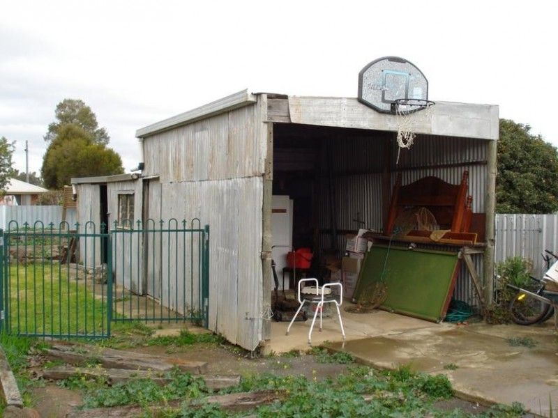 6 McLaughlan Street,, Carisbrook VIC 3464