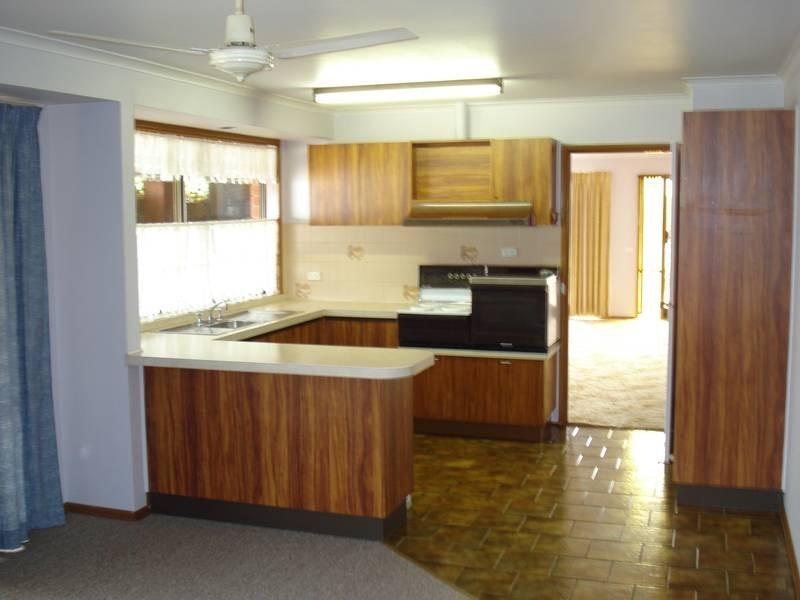 17 Birch Street, Carisbrook VIC 3464