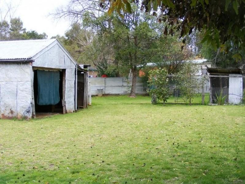 27 Finlay Road, Tongala VIC 3621