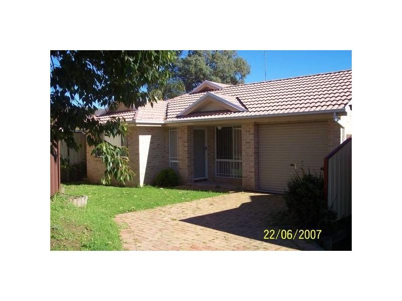 13 COBAIN PLACE, Acacia Gardens NSW 2763