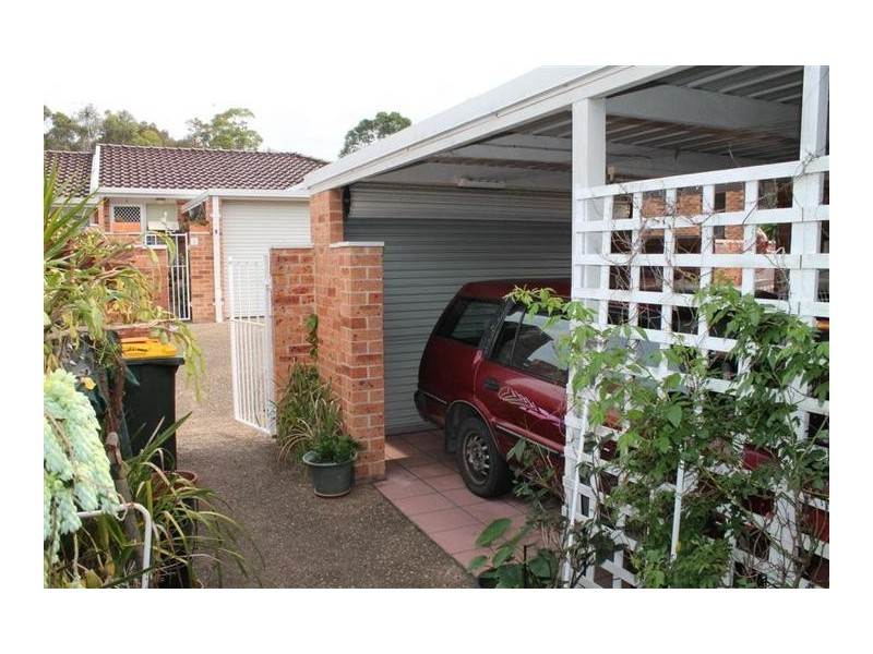 2/4 Harvey Place, North Nowra NSW 2541