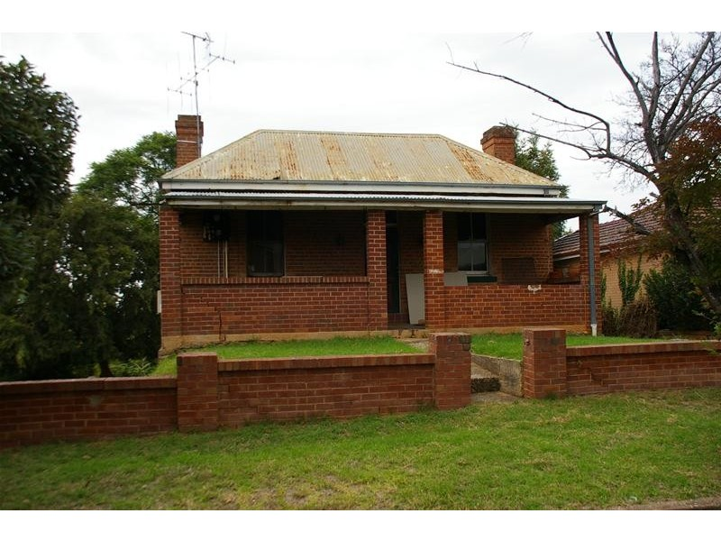 7 Daly Street, Cowra NSW 2794