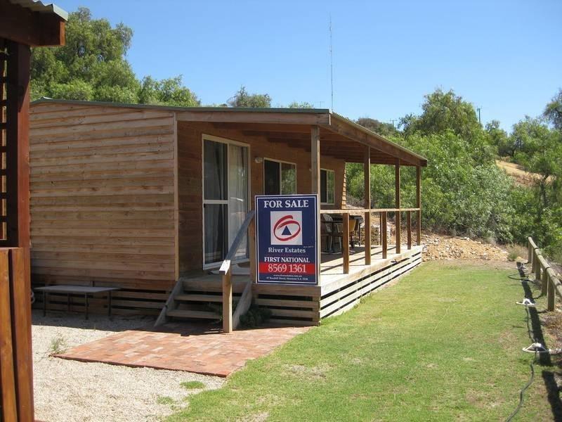 Cabin 10 Punyelroo Caravan Park, Punyelroo SA 5354