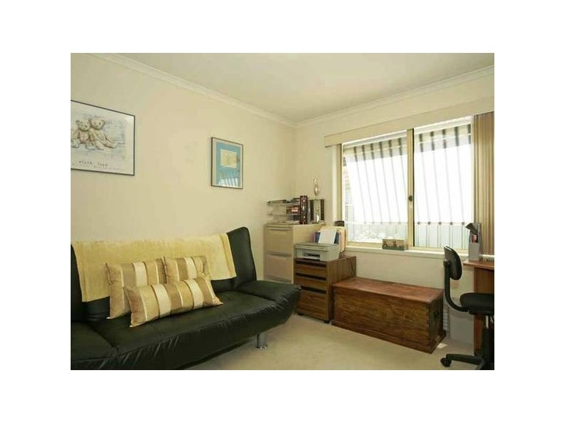 11 Glen Eyre Court, Aberfoyle Park SA 5159
