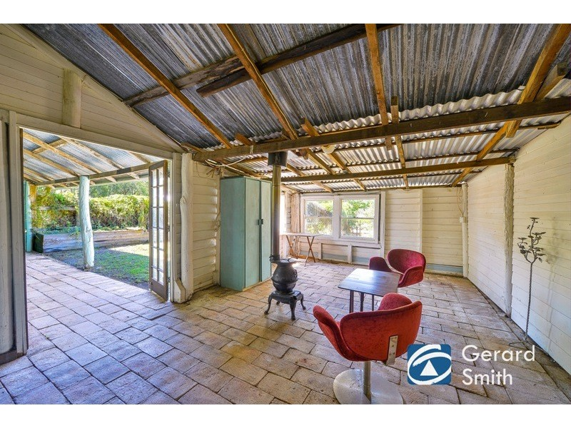 10 Carra Avenue, Douglas Park NSW 2569