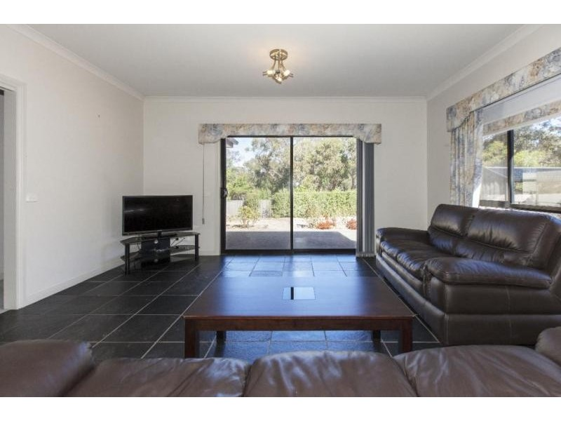 3 Scotts Rise, Ararat VIC 3377