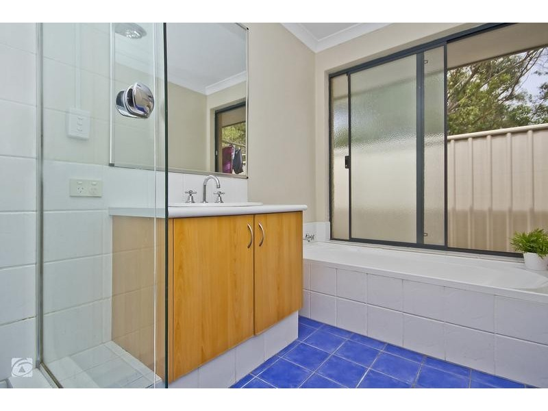 41 Carnegie Parade, Success WA 6164