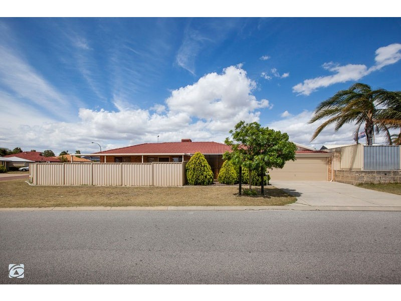 11 Sciano Avenue, Success WA 6164