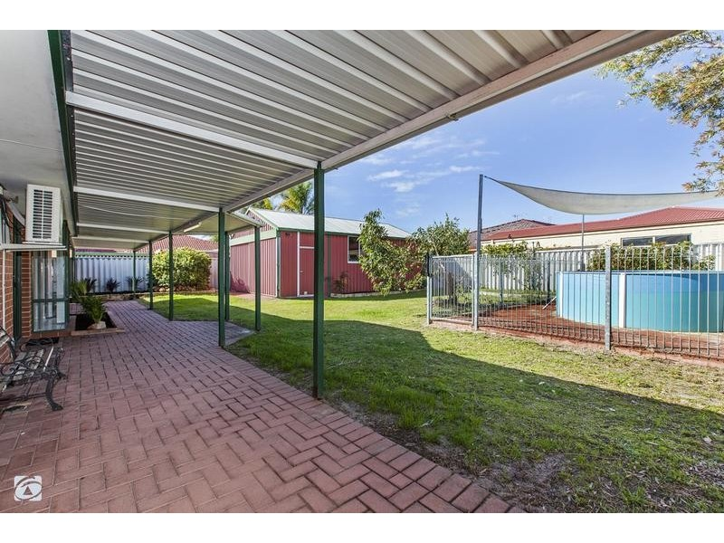 4 Seabrook Place, Success WA 6164