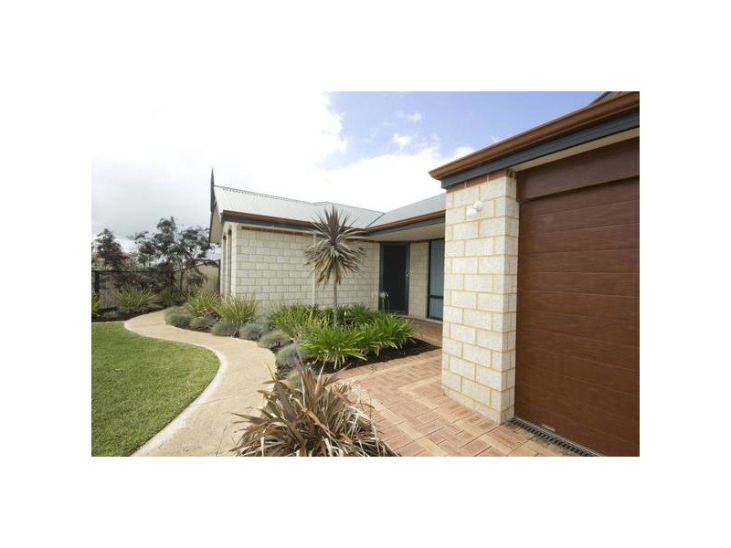 7 Cotter Loop, Success WA 6164