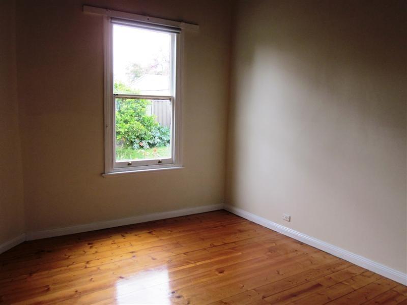 34 Raglan Street, White Hills VIC 3550