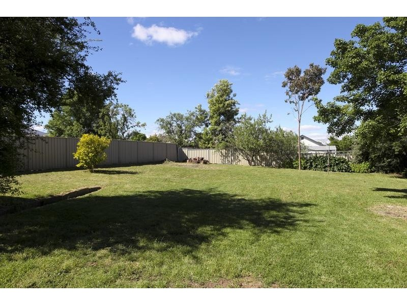30 Wade Street, Golden Square VIC 3555