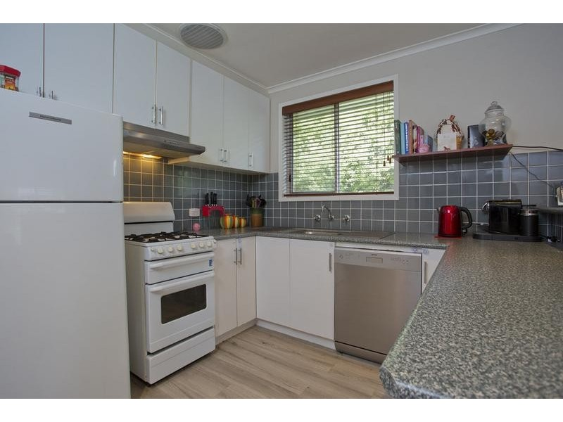 70 Maple Street, Golden Square VIC 3555