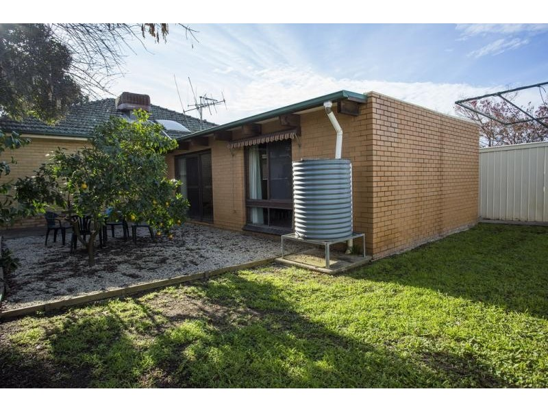 17 Cahill Street, White Hills VIC 3550