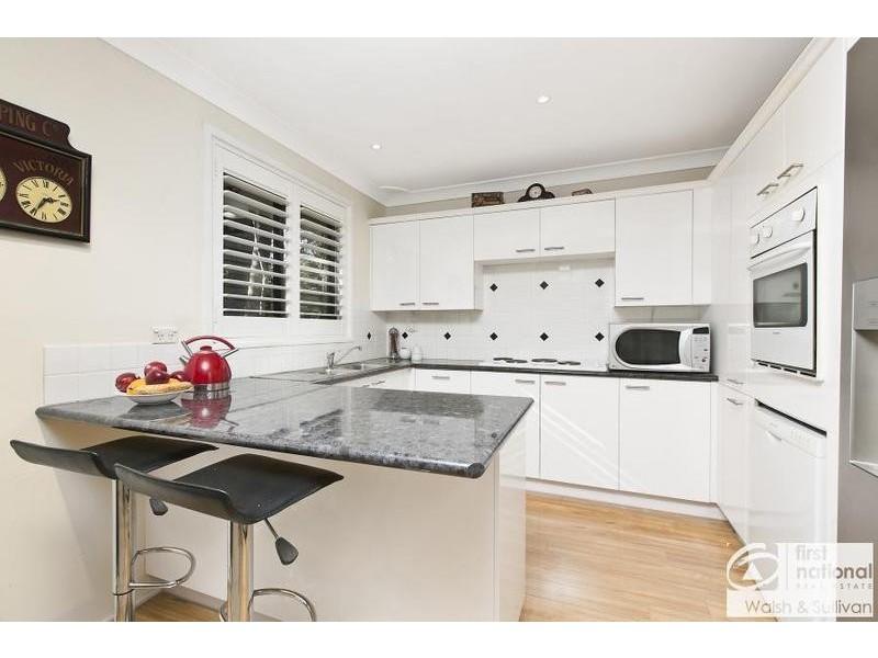30 Burrandong Crescent, Baulkham Hills NSW 2153