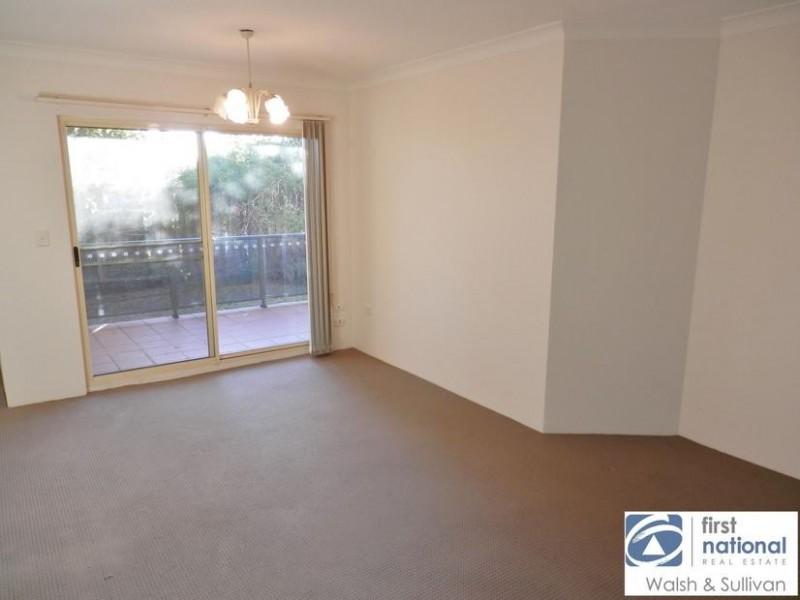 4/2 RAILWAY STREET, Baulkham Hills NSW 2153