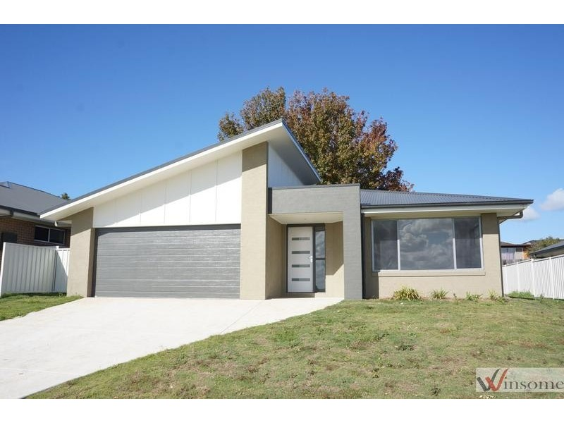 26 Prior Circuit, West Kempsey NSW 2440