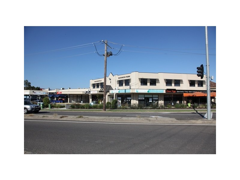3 & 3A/2 Beaconsfield Emerald Road, Beaconsfield VIC 3807