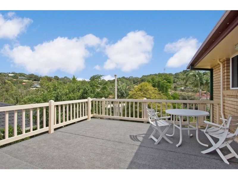 104 Lochlomond Drive, Banora Point NSW 2486