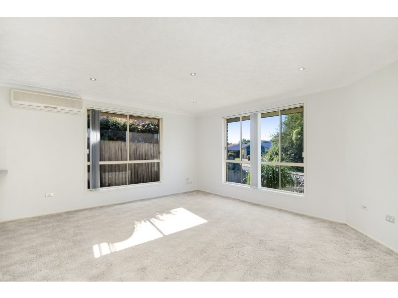 2/242 Darlington Drive, Banora Point NSW 2486