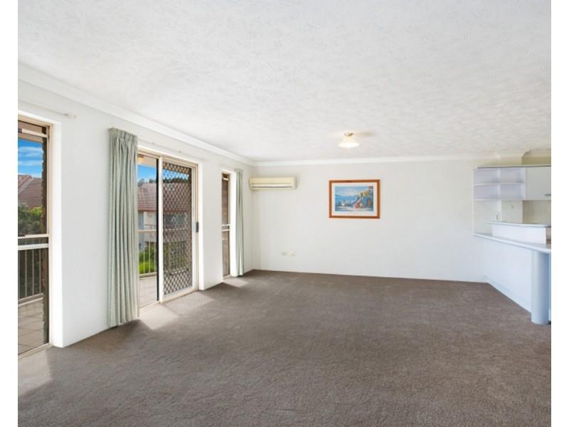 23/9 Ocean Street, Coolangatta QLD 4225