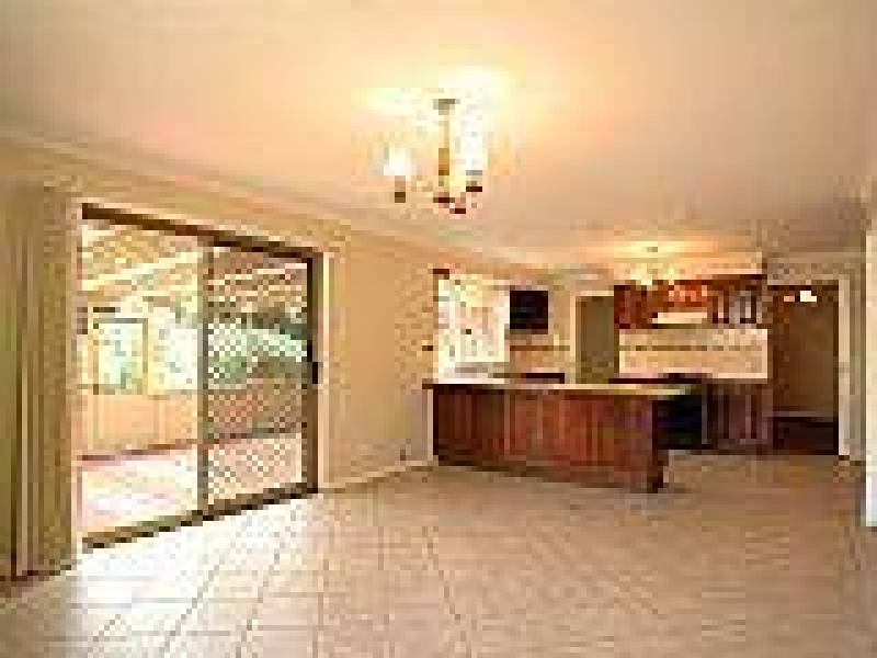 16 Rixon Road, Appin NSW 2560