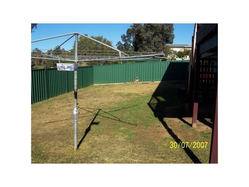 Lilliyvicks Cres, Ambarvale NSW 2560