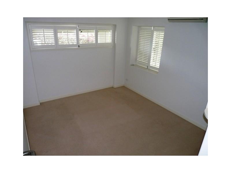 20 Riddell Street, Bulimba QLD 4171