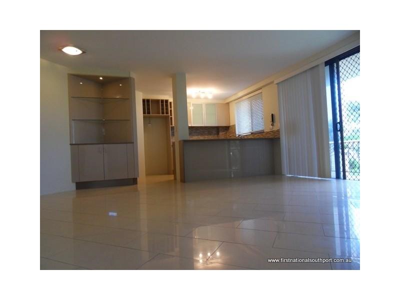 502/186 Ferny Avenue, Main Beach QLD 4217