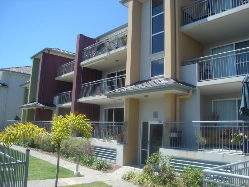 33 Clark Street, Biggera Waters QLD 4216