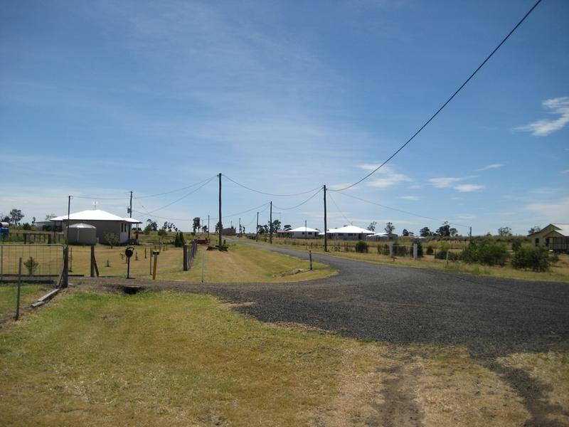 59 Wambo Tce, Pirrinuan QLD 4405