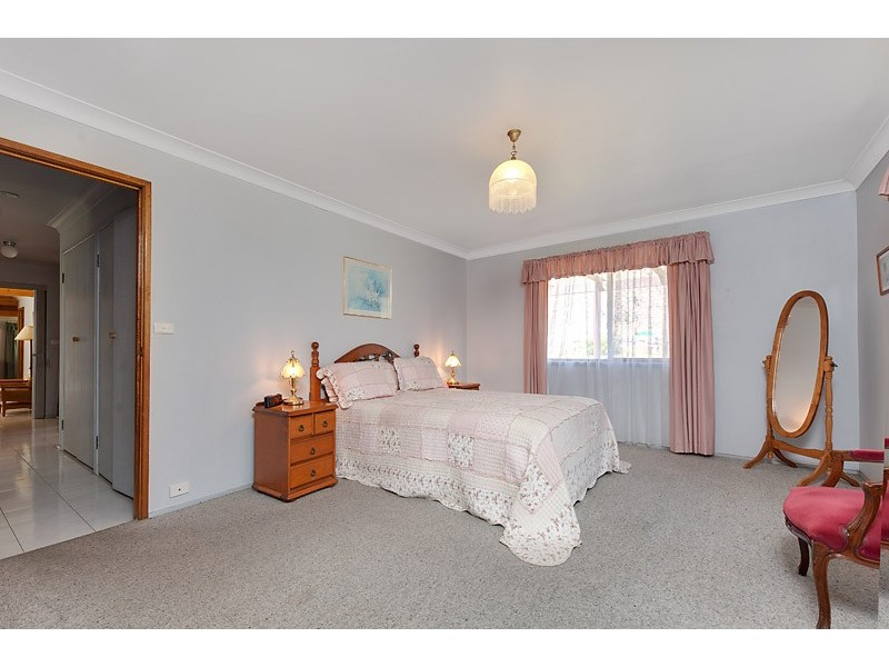 5 Greenview Cl, Ulladulla NSW 2539