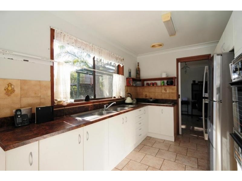 1 Truscott Avenue, Sanctuary Point NSW 2540