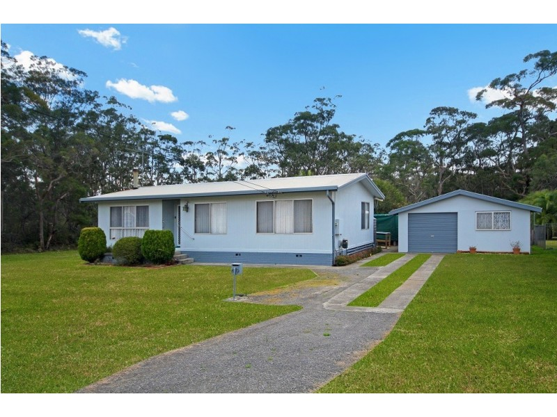 69 Currambene Street, Huskisson NSW 2540