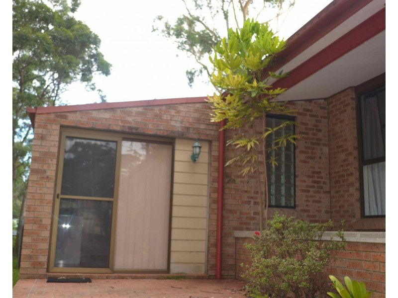 40 Yuroka Crescent, St Georges Basin NSW 2540