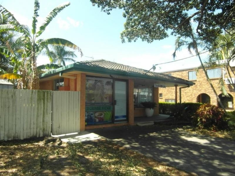 35 Crombie Avenue, Bundall QLD 4217