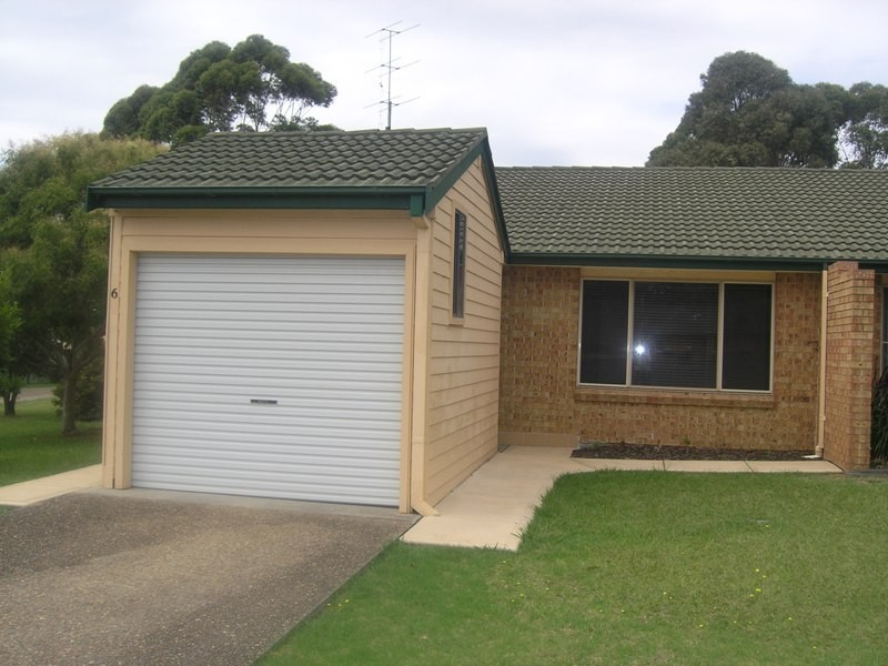 6/12 Bellbird Close, Barrack Heights NSW 2528