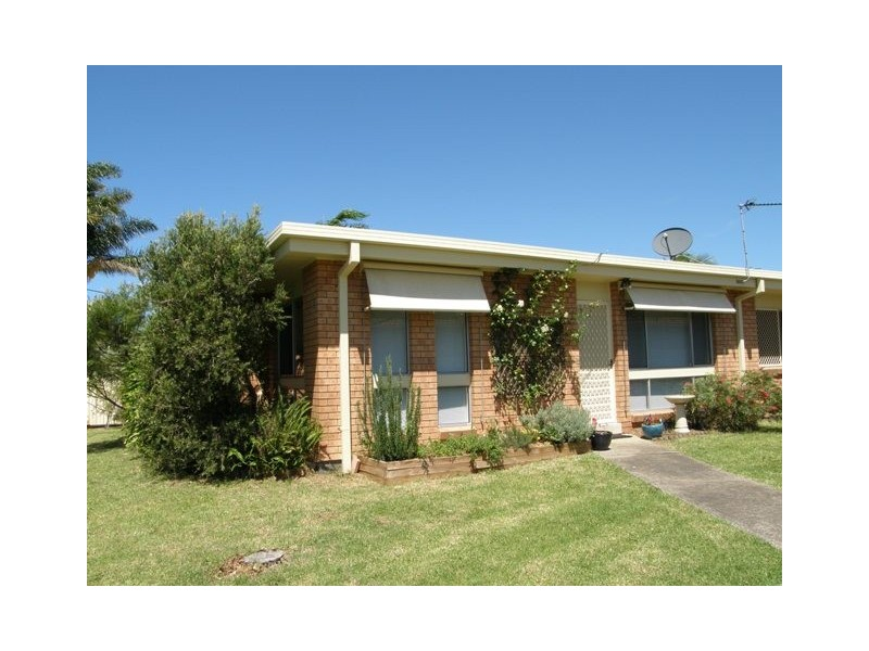 1/6 Lachlan Avenue, Barrack Heights NSW 2528