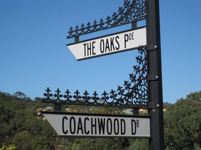 2 The Oaks Parade, Aberfoyle Park SA 5159