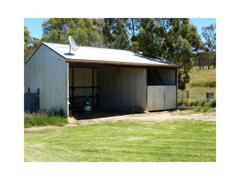 96 – 98 Stuart Field Road, Adaminaby NSW 2629