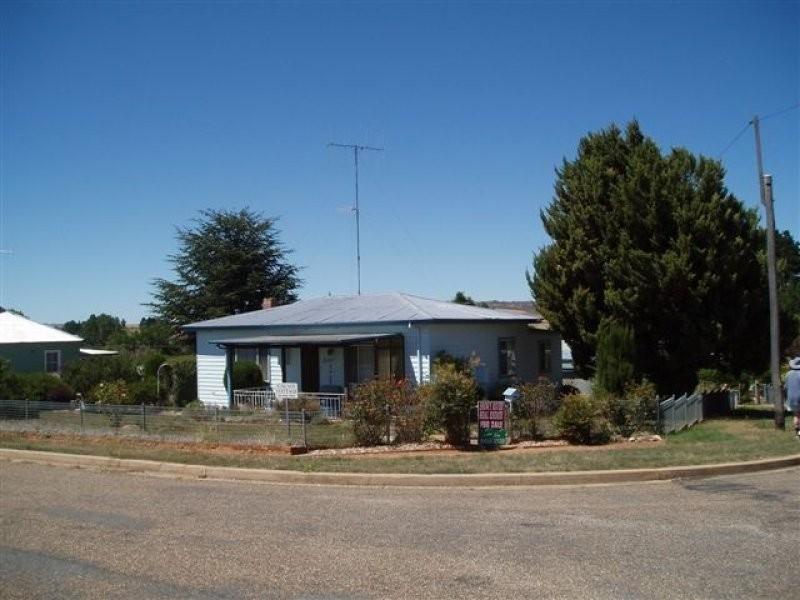 2 Druitt Street, Adaminaby NSW 2629
