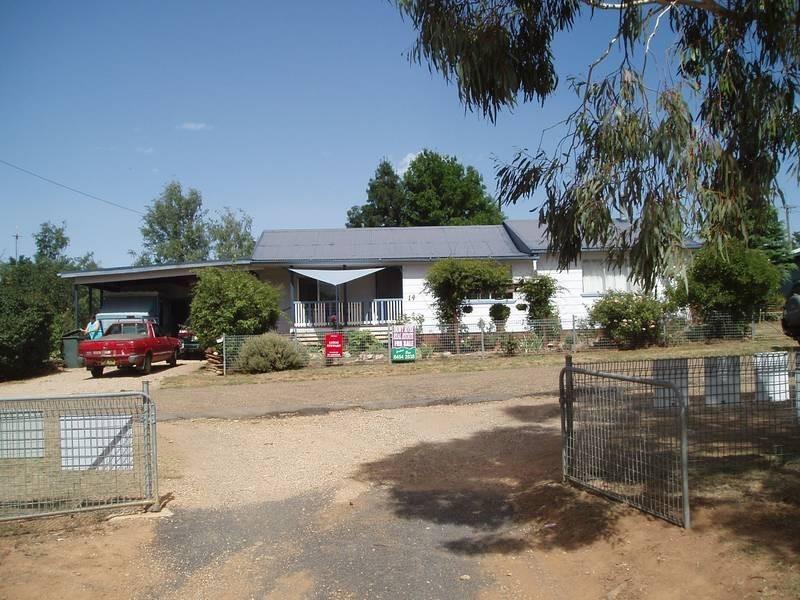 14 Cosgrove Street, Adaminaby NSW 2629