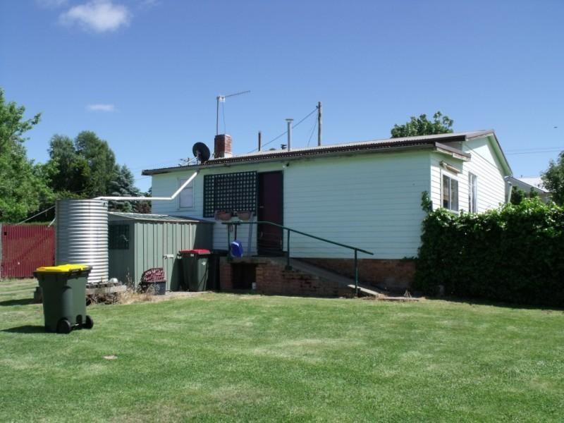 16 Druitt Street, Adaminaby NSW 2629