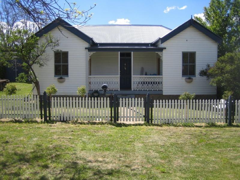 35 York Street, Adaminaby NSW 2629