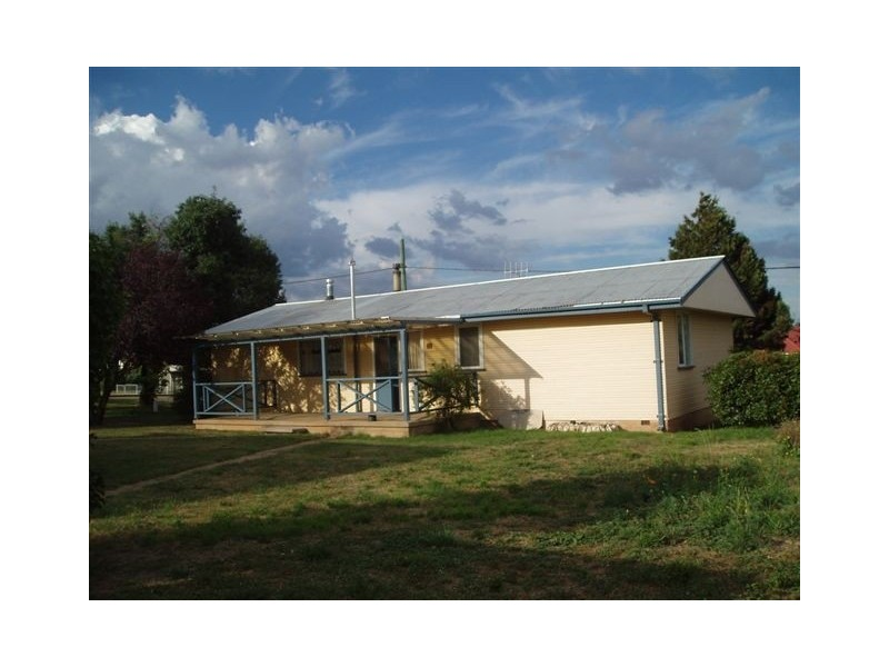 14 Chalker Street, Adaminaby NSW 2629